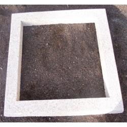 Entourage en béton carré 110 X 110 cm