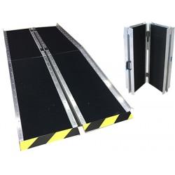 Rampe d'accès aluminium avec antidérapant L122 x P74 cm