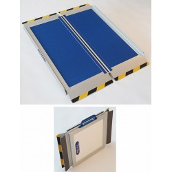 Rampe d'accès valise antidérapante L116 x P76 cm