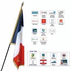 Drapeau de prestige en satin avec franges 97 x 150 cm Région française