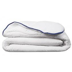 Couette chaude Microfibre 100% polyester blanc 400 g/m2 160 X 220 cm