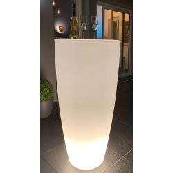 Pot de fleurs conique 200 l éclairage led avec tablette inox