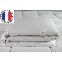 Lot de 4 couettes blanches lavables à 90 polycoton et fibres creuses 200 gr 240 x 260 cm