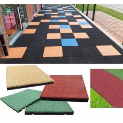 Bordure chanfreinée bi-matière pour sols écoles et crèches ép. 25 à 10 mm