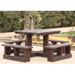Table pique nique 100% recyclé Cère 187x187 cm