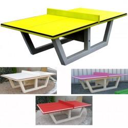 Table de ping pong en béton coloré