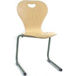 Chaise coque bois Elisa appui sur table