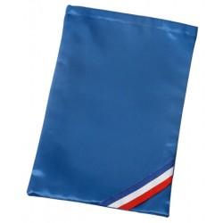 Housse bleue en satin pour transport d'echarpe