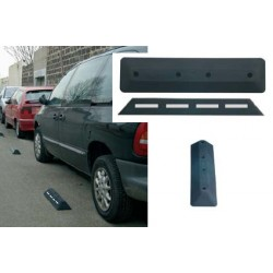 Séparateur de voies noir (industrie ou voirie) L60xL150xH70 mm